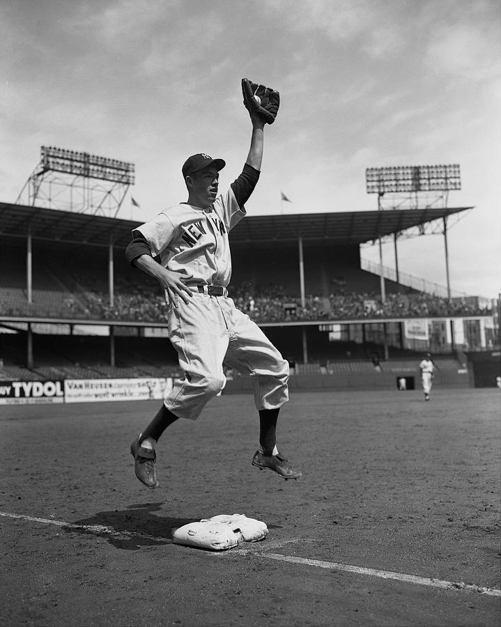 Gil Mcdougald Photograph by New York Daily News Archive