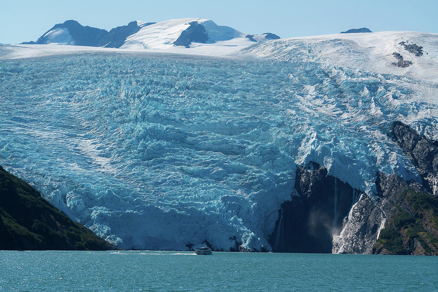 Glacier bay in Alaska by Asif Islam