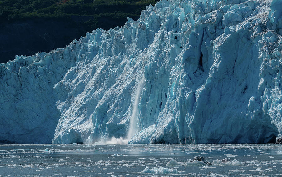 Glaciers calving by Asif Islam