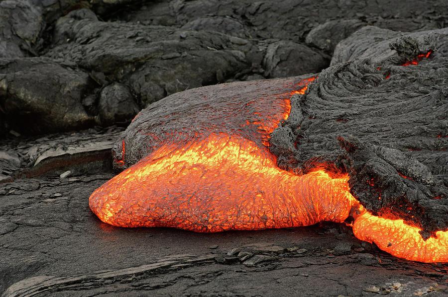 Lava Photograph - Lava flow on Hawaii by Ralf Lehmann
