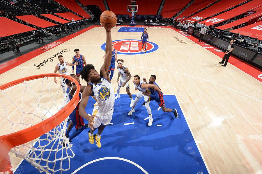 Golden State Warriors v Detroit Pistons Photograph by Chris Schwegler