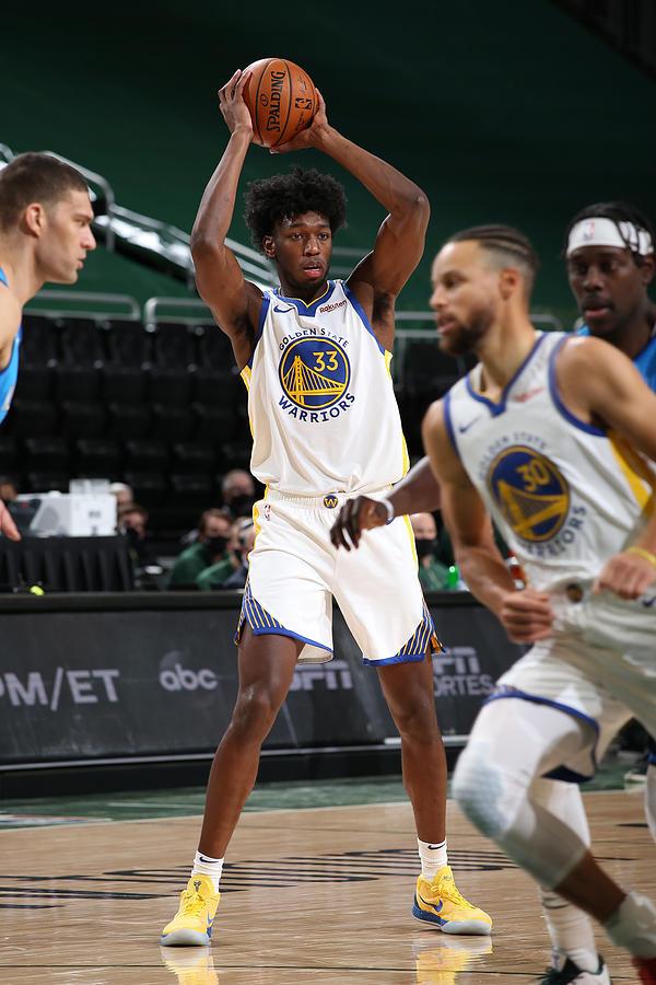Golden State Warriors v Milwaukee Bucks Photograph by Gary Dineen