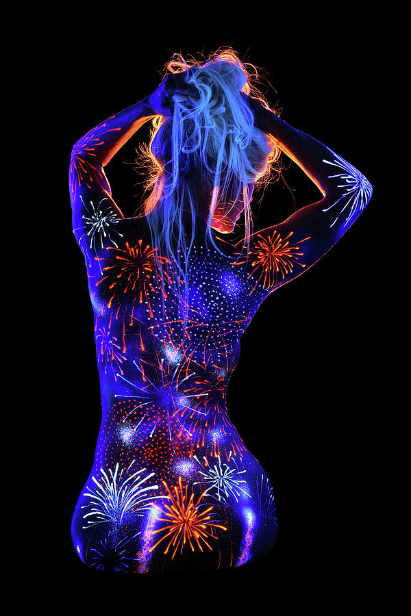 Uv Photograph - Grand Finale by John Poppleton