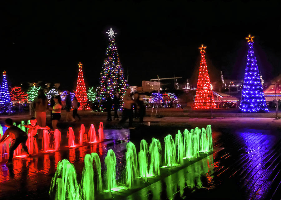 Green and Red Christmas Fountain by Robert Wilder Jr