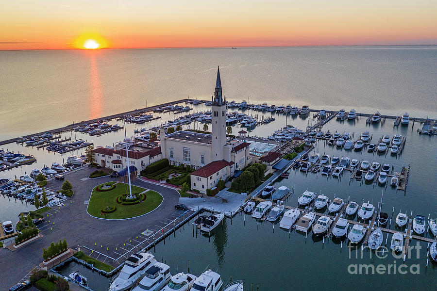Lake St Clair Photograph - Grosse Pointe Yacht Club by Jim West