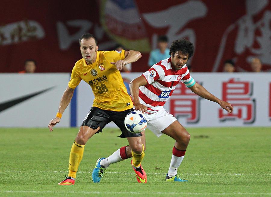 Guangzhou Evergrande v Western Sydney - Asian Champions League Quarter Final Photograph by Zhong Zhi