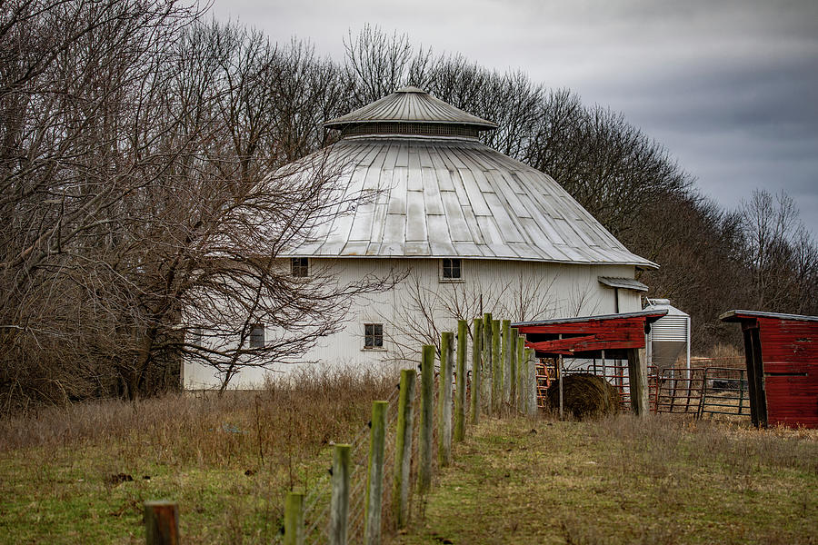 Landscape Photograph - Gwinnup Round Barn #3 by Scott Smith