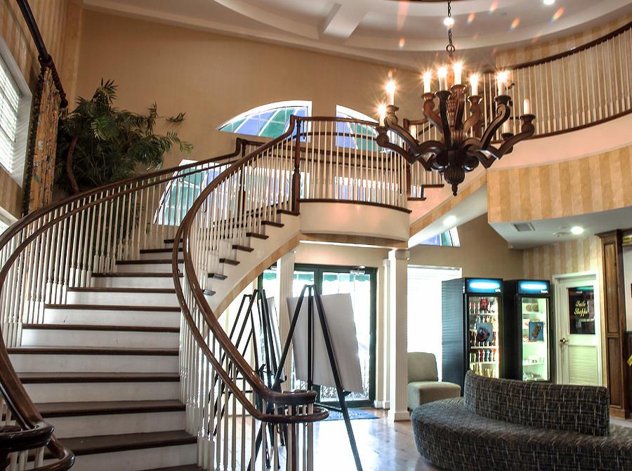 Hampton Staircase Photograph