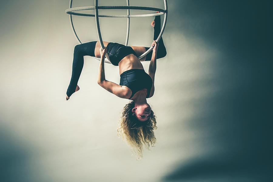 Hang Back by Monte Arnold