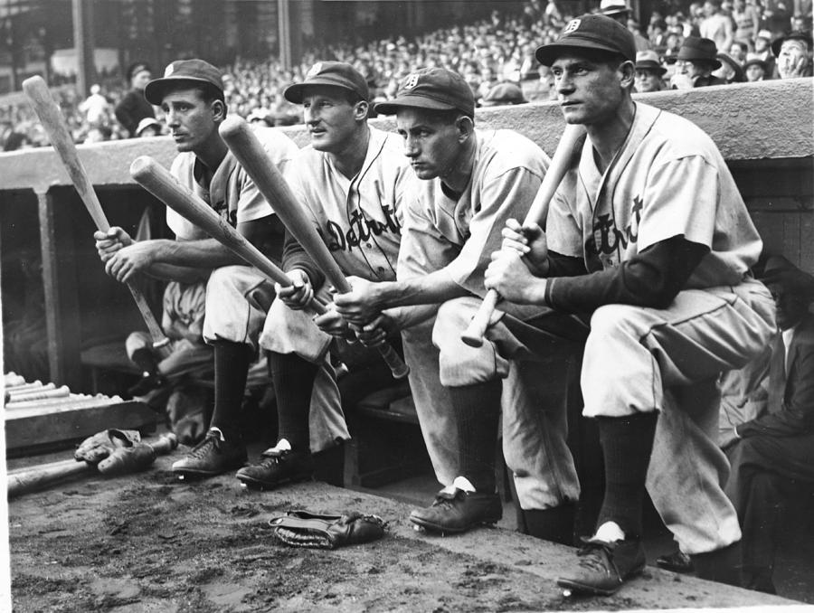 Hank Greenberg and Goose Goslin Photograph by Fpg