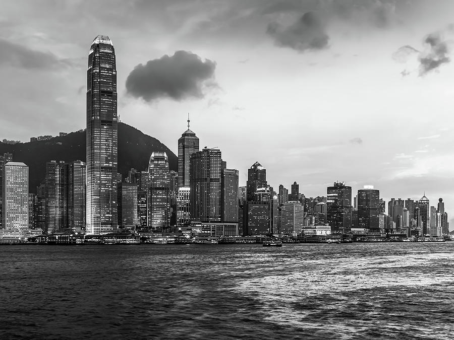 Hong Kong Photograph - Hong Kong 37 by Tom Uhlenberg