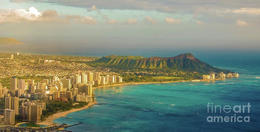 Honolulu, Waikiki and Diamond Head Crater - Aerial by D Davila