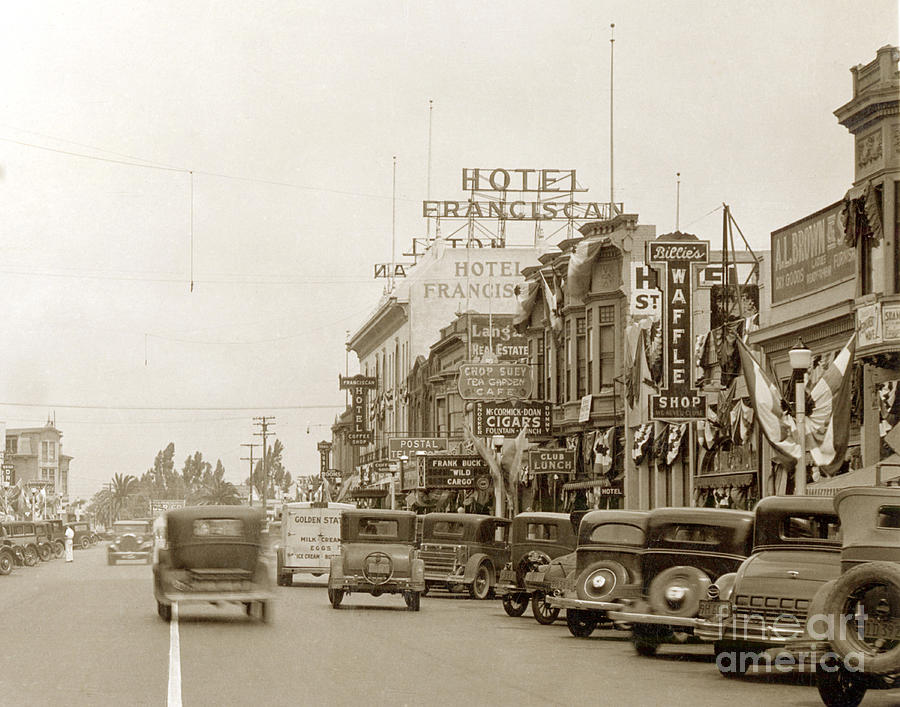 Hotel Franciscan,  Wild cargo with Frank Buck  at the Crystal Th by California Views Archives Mr Pat Hathaway Archives