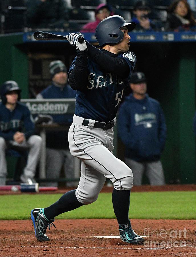 Ichiro Suzuki Photograph by Ed Zurga