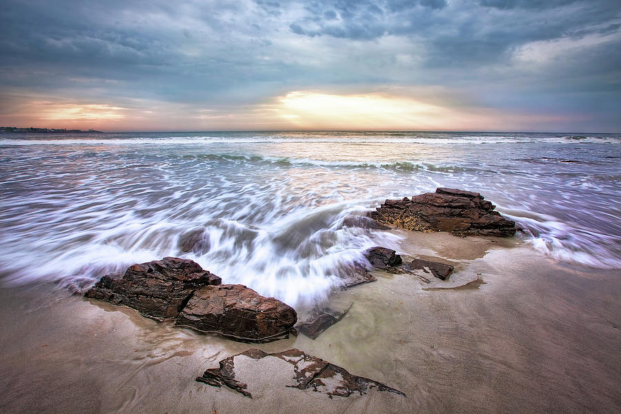 Long Sands Beach Photograph - In The Surf by Eric Gendron