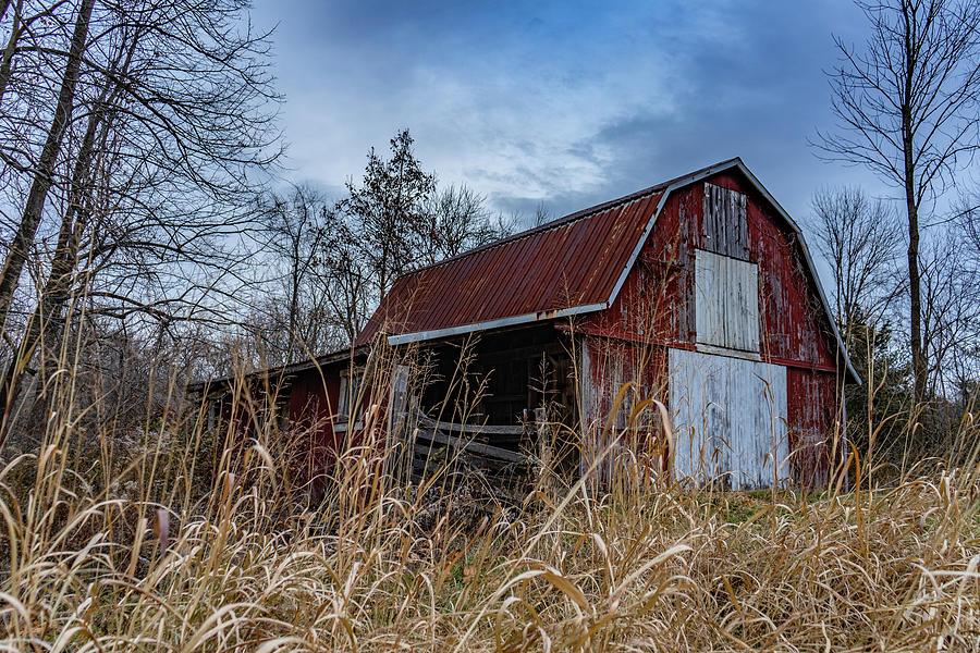 Landscape Photograph - Indiana Barn #103 by Scott Smith