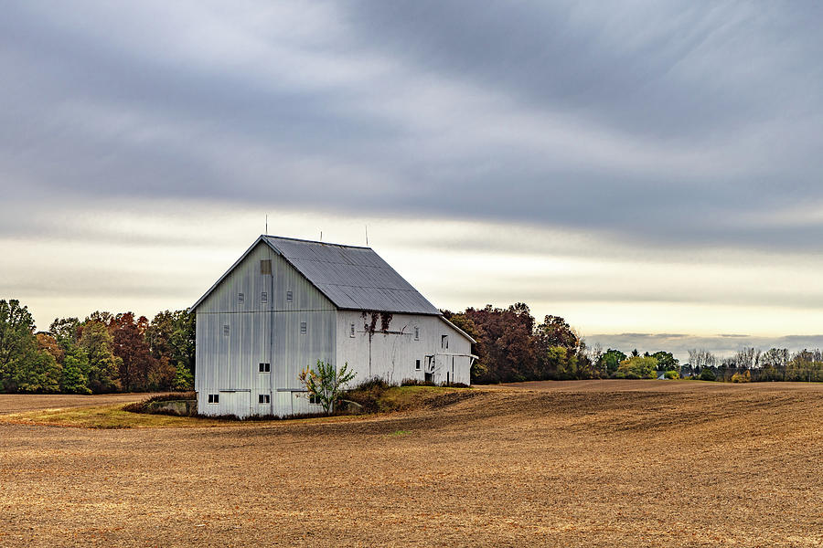 Landscape Photograph - Indiana Barn #110 by Scott Smith
