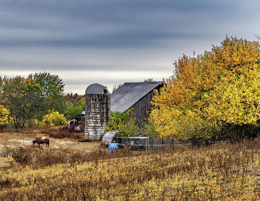 Landscape Photograph - Indiana Barn #111 by Scott Smith