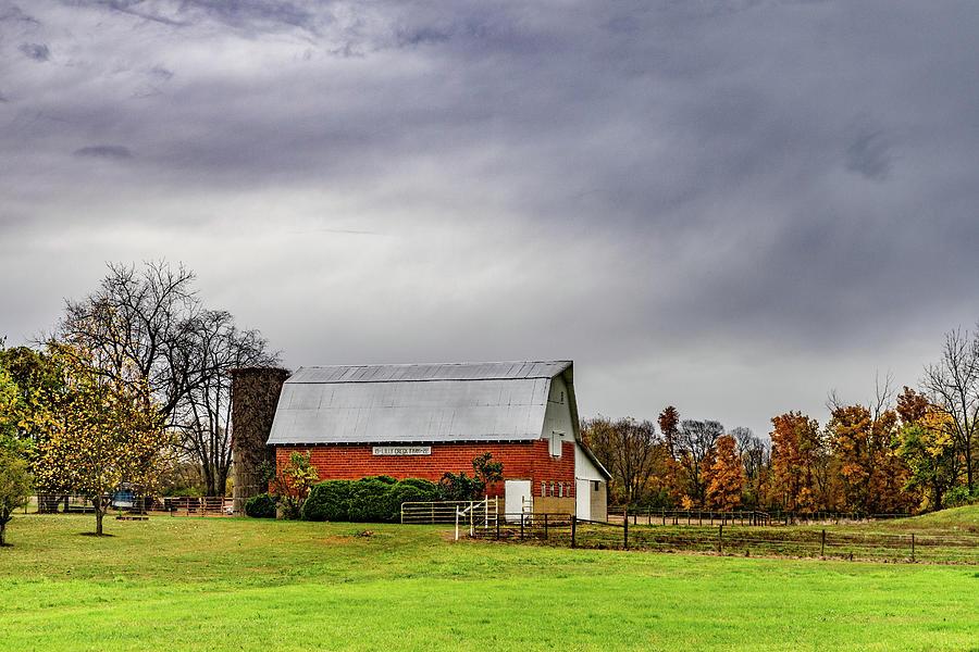 Landscape Photograph - Indiana Barn #112 by Scott Smith