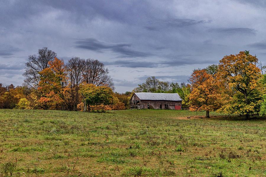 Landscape Photograph - Indiana Barn #114 by Scott Smith