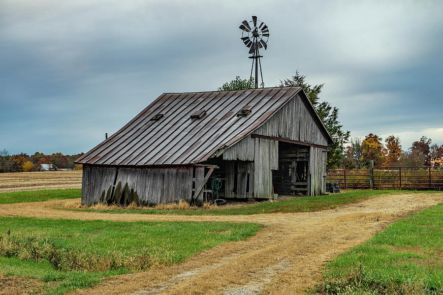 Landscape Photograph - Indiana Barn #115 by Scott Smith