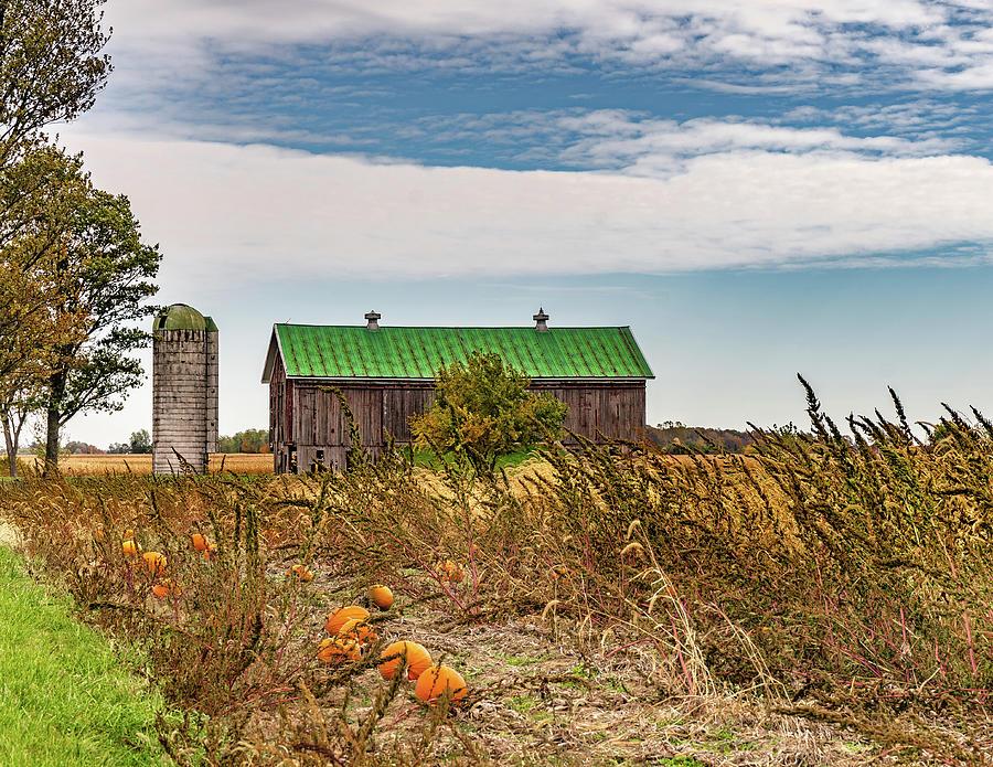 Landscape Photograph - Indiana Barn #117 by Scott Smith