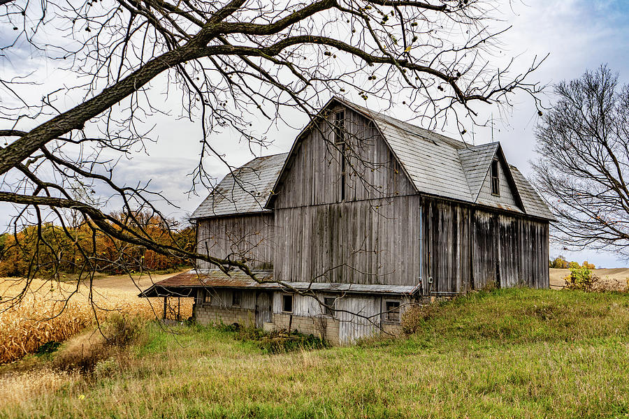 Landscape Photograph - Indiana Barn #120 by Scott Smith