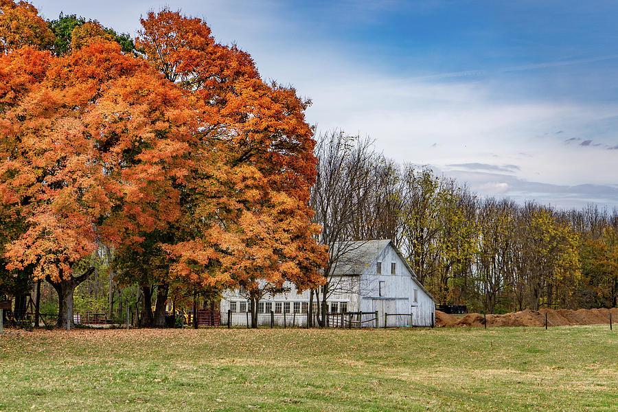Landscape Photograph - Indiana Barn #122 by Scott Smith