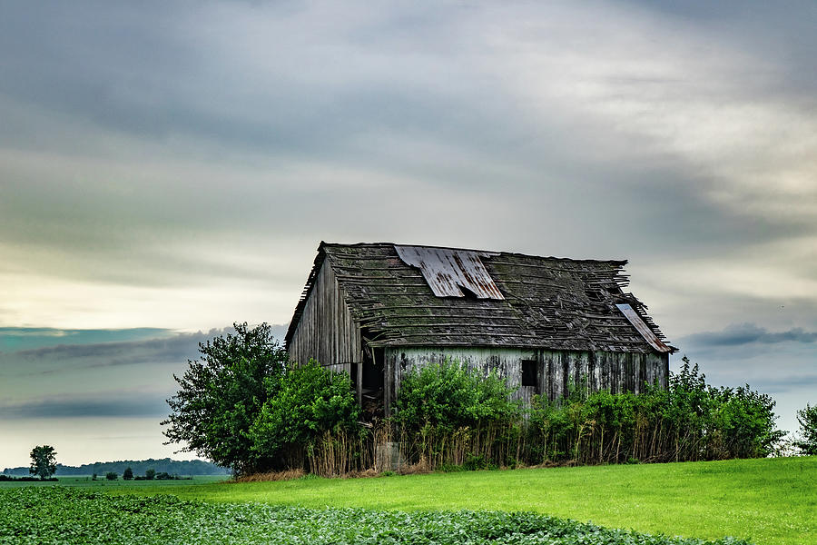 Landscape Photograph - Indiana Barn #134 by Scott Smith