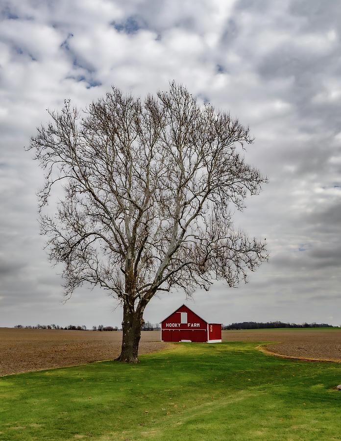 Landscape Photograph - Indiana Barn #67 by Scott Smith