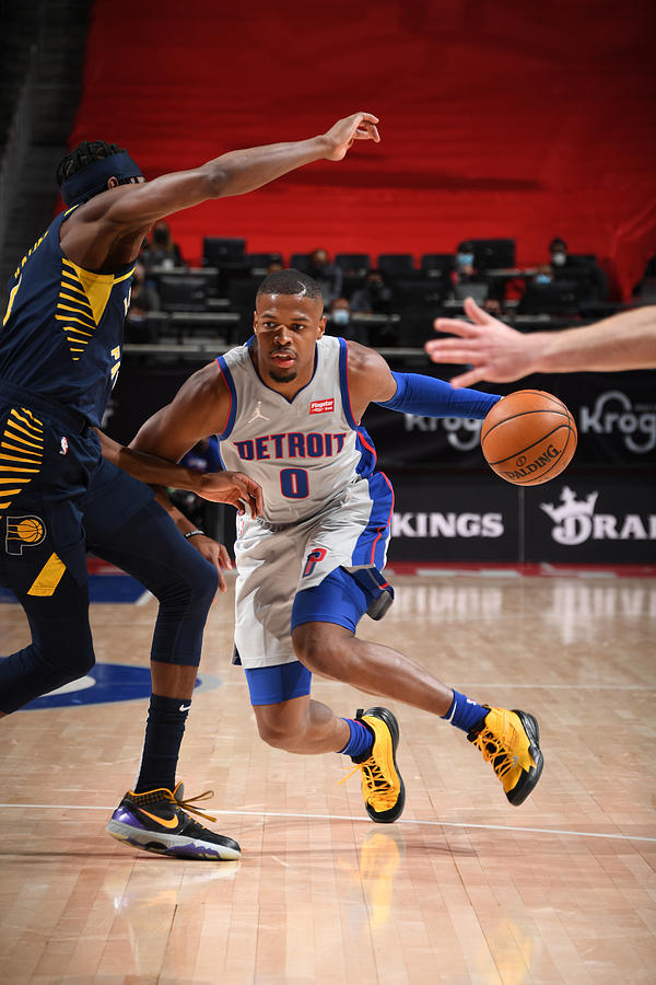 Indiana Pacers v Detroit Pistons Photograph by Chris Schwegler