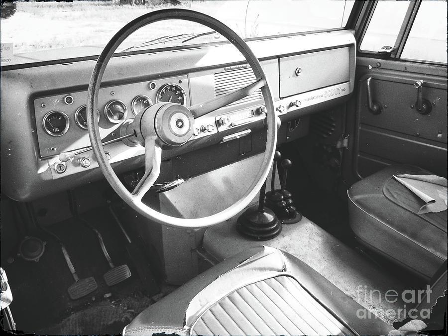 International Scout 800 - Interior Photograph
