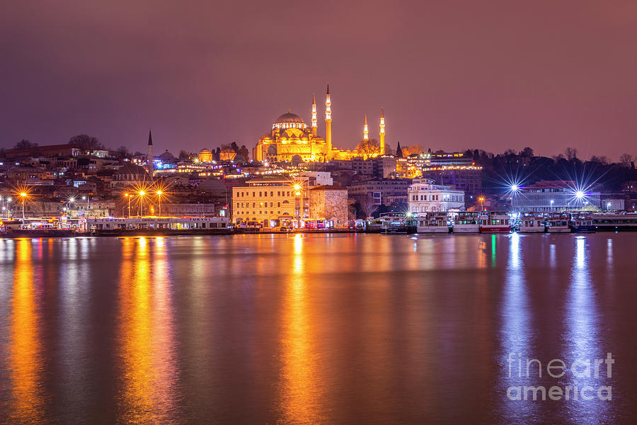 Istanbul by Mirza Cosic