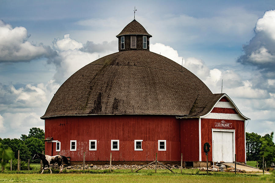 Round Barn Photograph - J. S. Clendenning Round Barn by Scott Smith