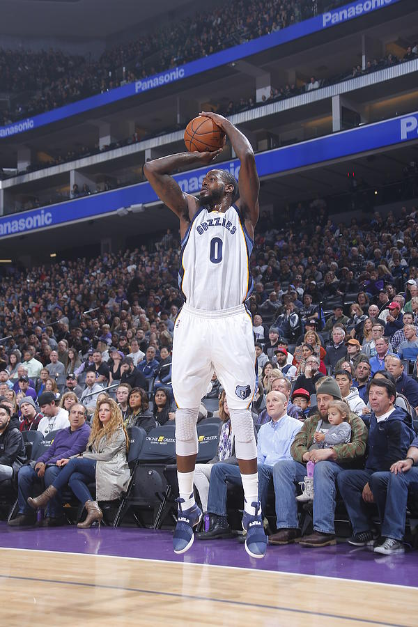 Jamychal Green Photograph by Rocky Widner