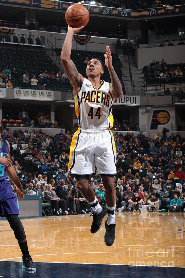 Jeff Teague Photograph by Ron Hoskins
