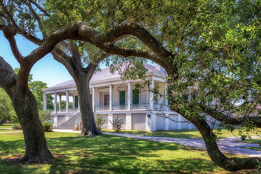 Jefferson Davis Home - Beauvoir by Susan Rissi Tregoning