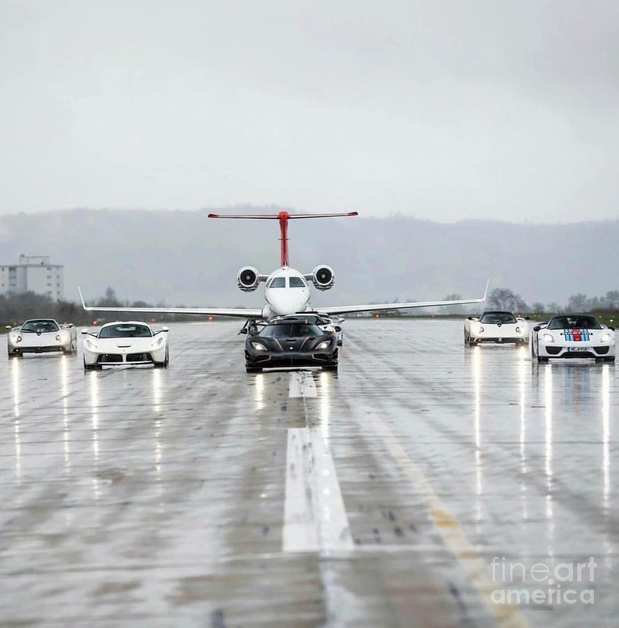 Jet Setters  by EliteBrands Co