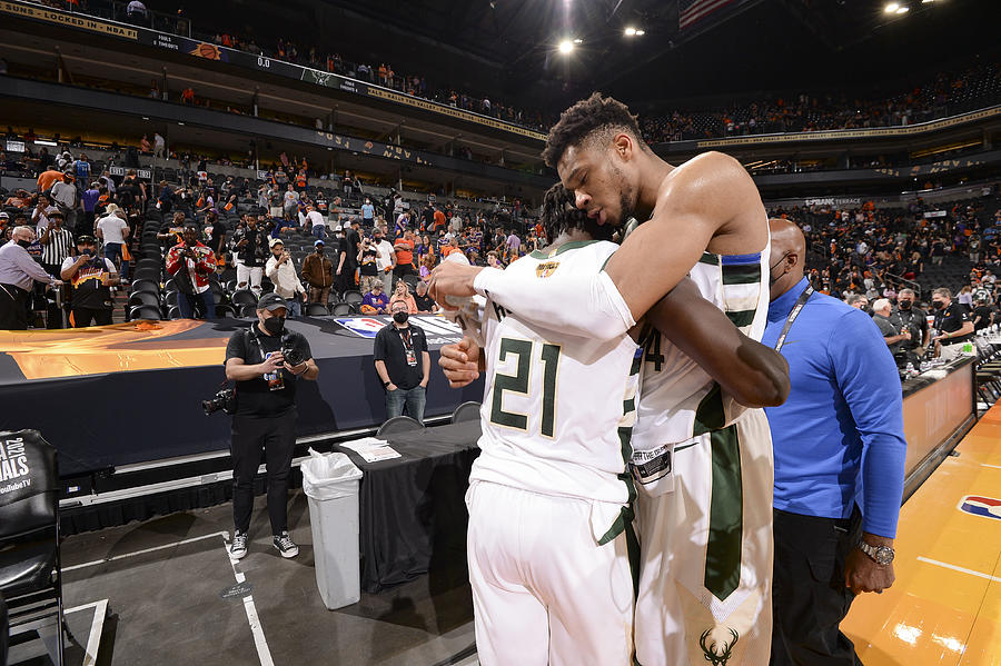 Jrue Holiday and Giannis Antetokounmpo Photograph by Andrew D. Bernstein