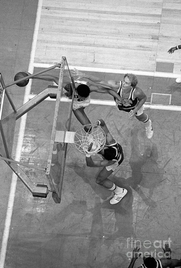 Julius Erving and Kareem Abdul-jabbar Photograph by Jim Cummins