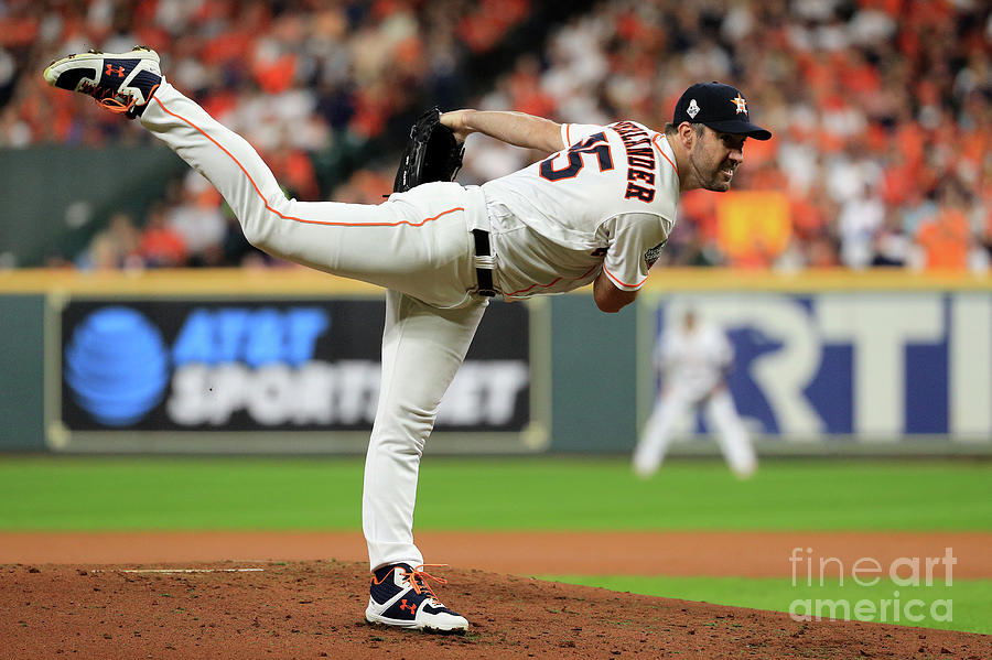 Justin Verlander Photograph by Mike Ehrmann