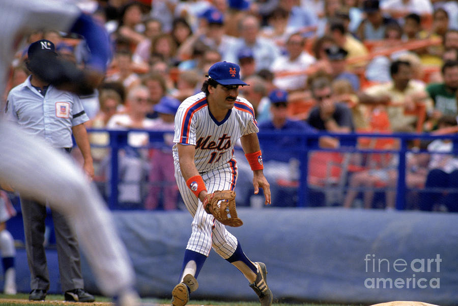 Keith Hernandez Photograph by Mike Powell