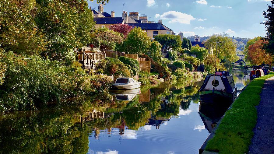 Kennet And Avon Canal, Bath, Somerset, England. Photograph