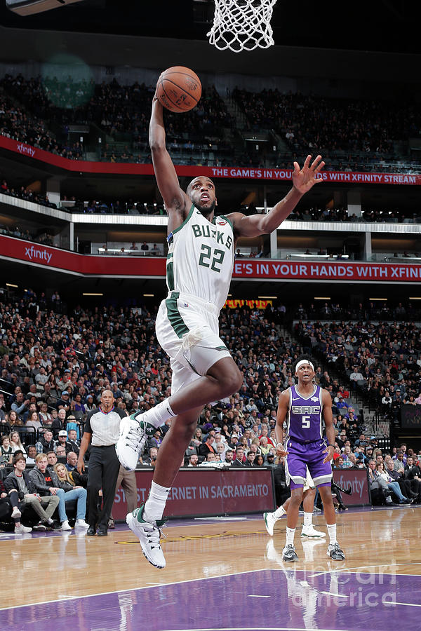 Khris Middleton Photograph by Rocky Widner