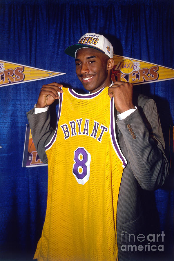 Kobe Bryant Photograph by Juan Ocampo