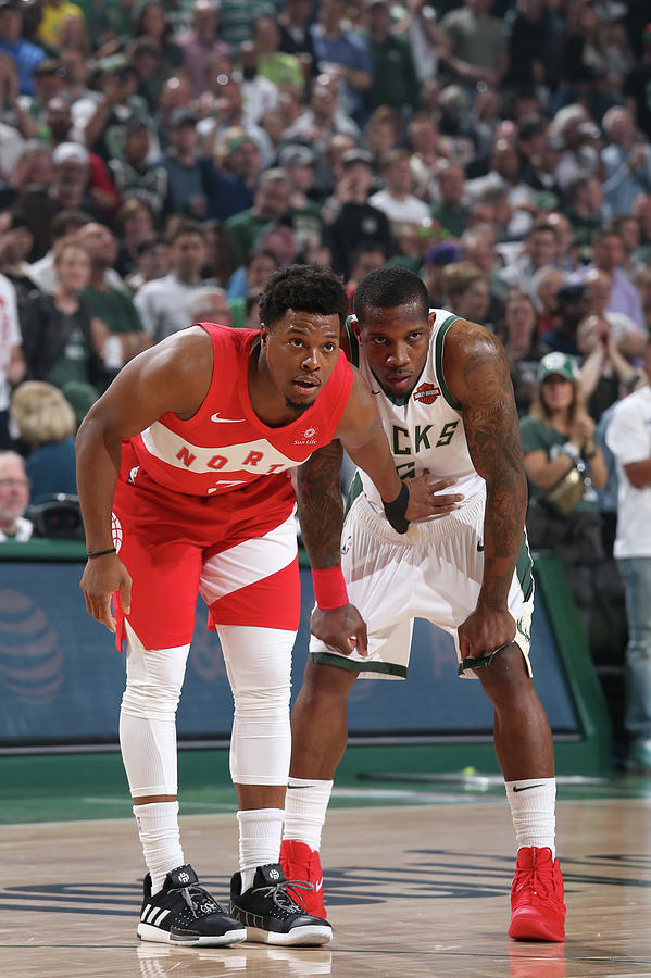 Kyle Lowry and Eric Bledsoe Photograph by Gary Dineen