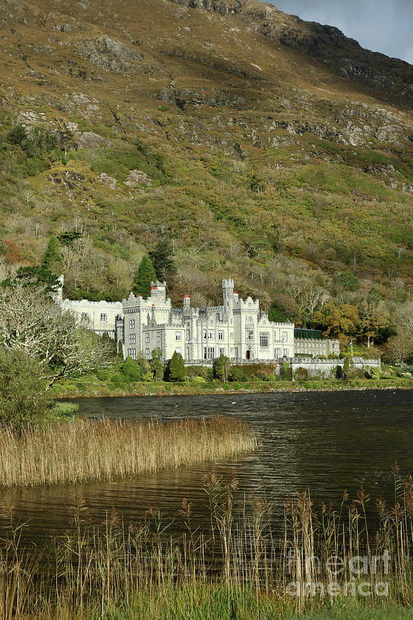 Kylemore Abbey by Peter Skelton