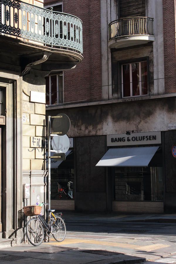 Italy Photograph - La Strada, Turin, Italy by Noe Badillo