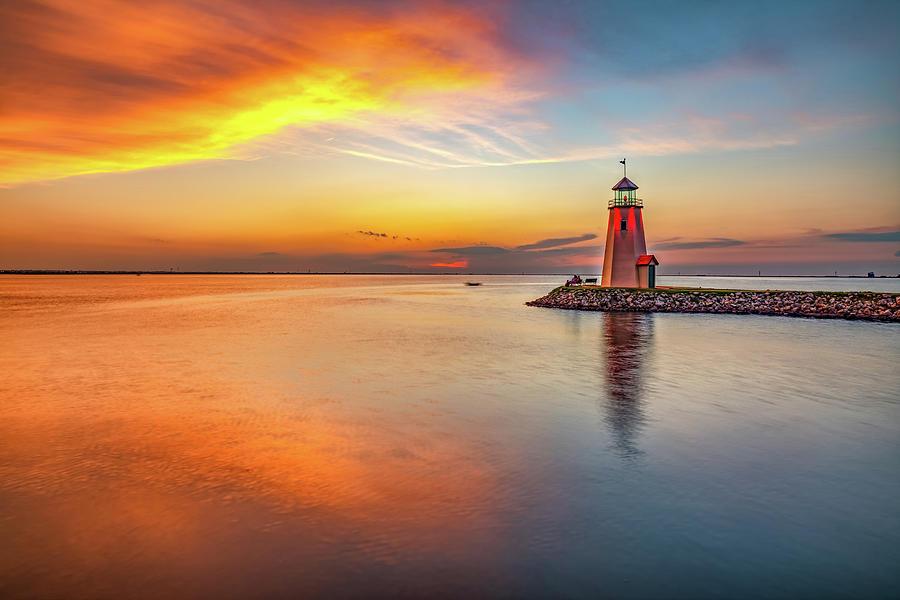 Lake Hefner Lighthouse At East Wharf - Oklahoma City Sunset Photograph