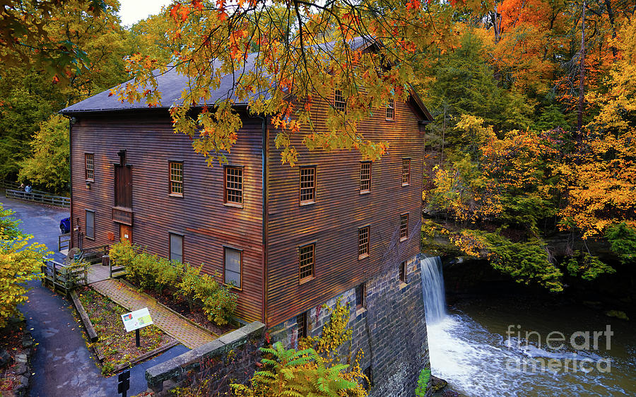 Youngstown Ohio Photograph - Lantermans Mill by Jane Tomlin